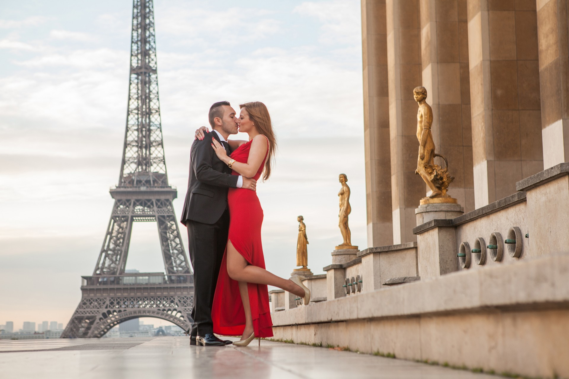 Romantischer Fotograf Paris beim Paar Fotoshooting