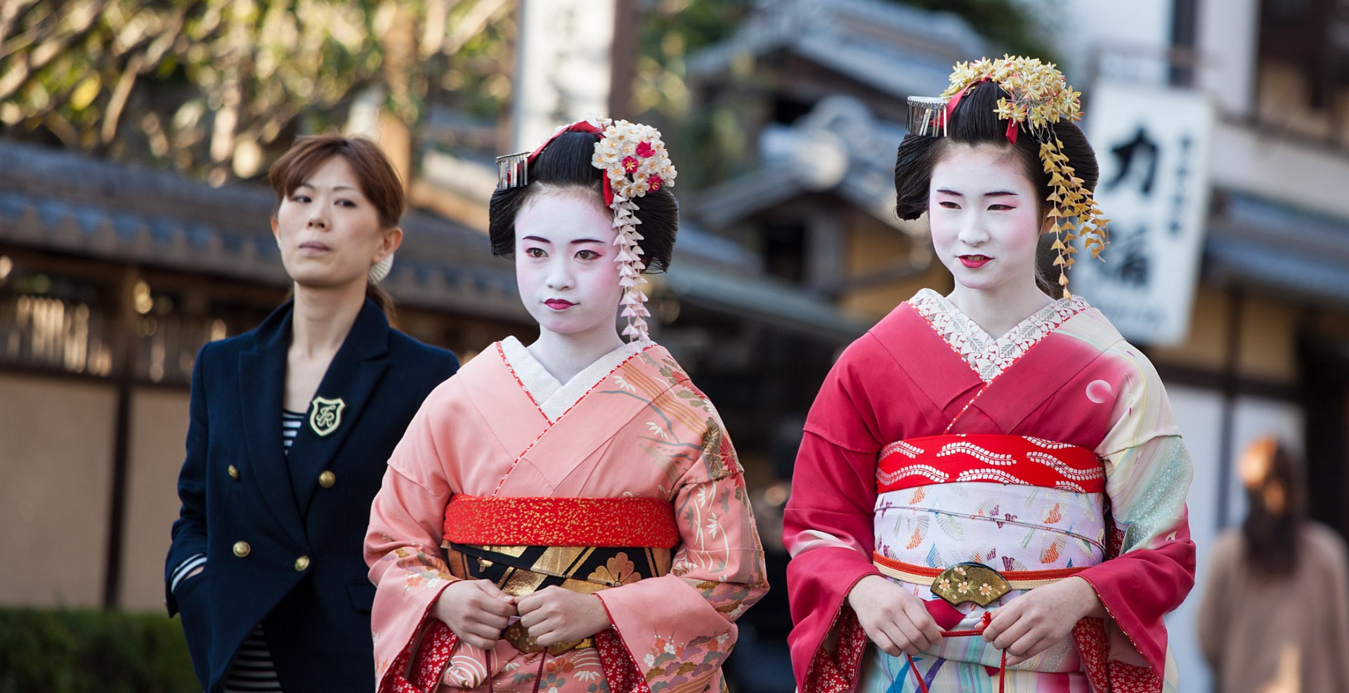 Reportage-Fotograf-in-Paris-Reportage-Fotografie-Japanerinnen