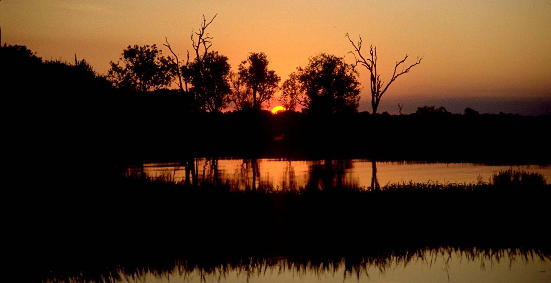 Reportage-Fotograf-in-Paris-Reportage-Fotografie-Sonnenuntergang-Kakadu-Nationalpark